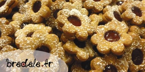 linzer cookies cranberry linzer cookies linzer sablés sablés linzer ...