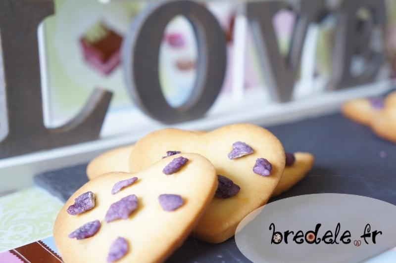 Sablés de la Saint-Valentin à la violette